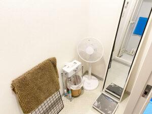 ジムのシャワー室の画像